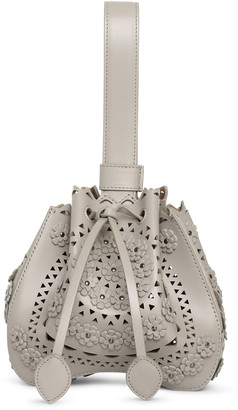 Alaia Rose-Marie 16 light grey bucket bag