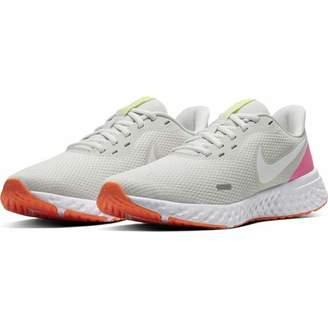 Nike Women's WMNS Revolution 5 Running Shoe, Platinum Tint/White Pink Blast