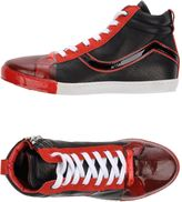 Le Crown Sneakers