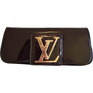 Louis Vuitton Sobe Purple Patent leather Clutch bags