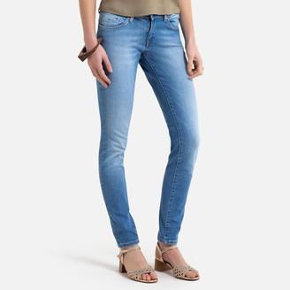 Kaporal Loka Push-Up Jeans in Slim Fit