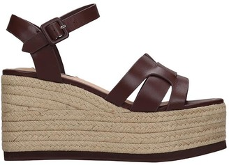 Bibi Lou Wedges In Brown Leather