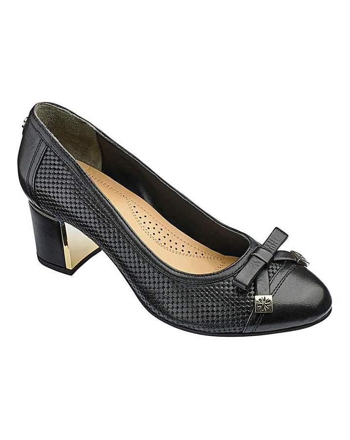 13211be285 Black Leather Block Heel Court Shoes - ShopStyle UK