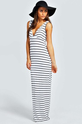 boohoo Petite Plunge Striped Jersey Maxi Dress