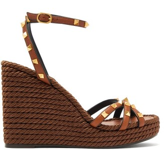 Valentino Torchon Rockstud Leather Wedge Sandals - Tan
