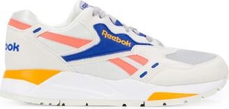 Reebok Bolton Essential sneakers