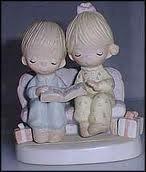 """Precious Moments Unto Us a Child Is Born"""" Figurine 1978"""