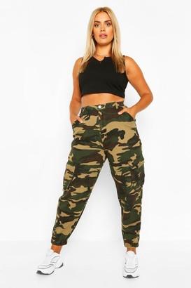 boohoo Plus Camo Cargo Jeans