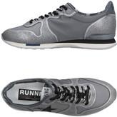 Golden Goose Deluxe Brand Low-tops & sneakers - Item 11242550