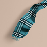 Burberry The Classic Cashmere Scarf In Check, Blue