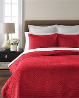 Martha Stewart Diamond Plush Quilted Poinsettia Red Full/queen Quilt