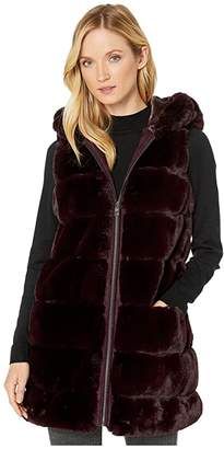Via Spiga Wide Grooved Faux Fur Reversible Hooded Vest (Burgundy) Women's Clothing