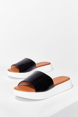 Nasty Gal Womens Croc's It Gonna Be Faux Leather Sliders - Black - 3
