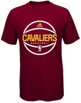 adidas Boys' Cleveland Cavaliers Practice Wear Ultimate T-Shirt