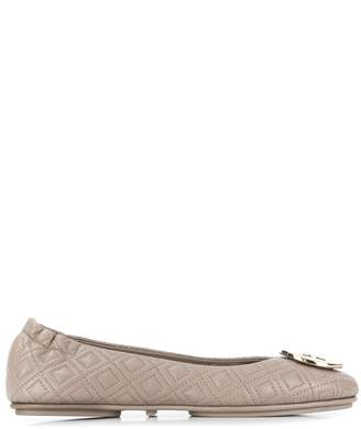 Tory Burch logo plaque quilted ballerinas