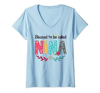 Womens Blessed To Be Called NINA Cute Floral NINA Gift Tee V-Neck T-Shirt