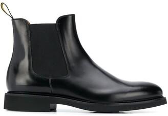 Doucal's Plain Chelsea Boots