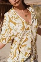 Urban Outfitters Noah Longline Button-Down Shirt