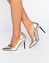 Faith Courtney Gold Pumps