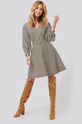 Trendyol Belt Detailed Plaid Dress