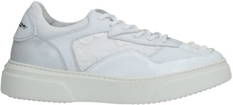 Primabase Low-tops & sneakers