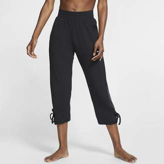 Nike Women's Cropped Pants Yoga