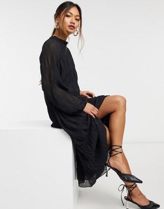 ASOS DESIGN textured trapeze midi dress with balloon sleeves in black