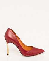 Le Château Brazilian-Made Leather Pump