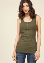 Confidence to Create Tank Top in Olive in 4X