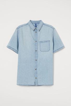 H&M Short-sleeved denim shirt