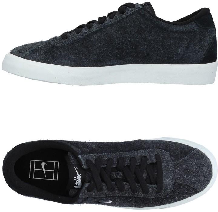 Nike Low-tops & sneakers - Item 11335581AH