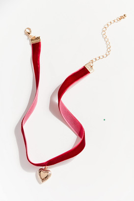 Urban Outfitters Noelle Heart Choker Necklace