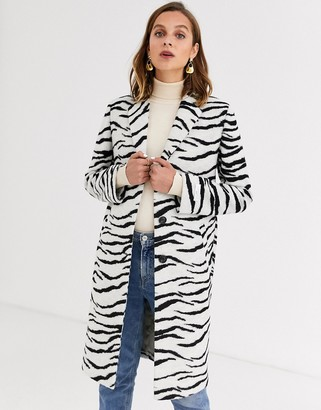 Gianni Feraud zebra felt tailored coat