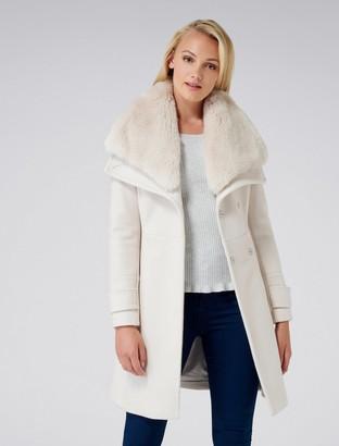 Forever New Alex Fur Collar Coat - Cream - 10