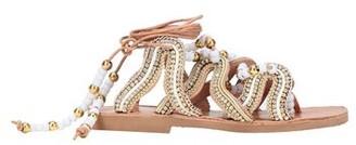 GOGO SANDALS Toe strap sandal