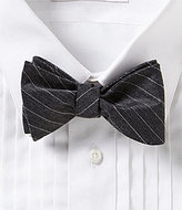 Daniel Cremieux Simple Line Bow Tie