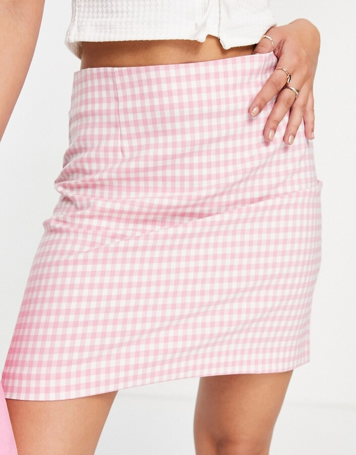 Thumbnail for your product : New Look co-ord a-line mini skirt in pink gingham
