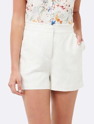 Forever New Ollie linen frill edge short - Coconut White - 16