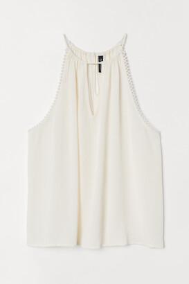 H&M Sleeveless Crinkled Top