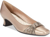 Easy Street Shoes Waive Pumps