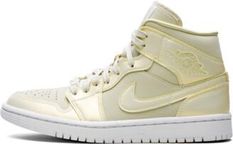 Jordan WMNS Air 1 MID SE 'Lemon Yellow' Shoes - Size 7.5W