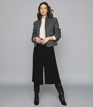 Reiss Suri - Textured Zip Through Jacket in Black/white