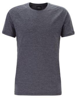 Slim-fit underwear T-shirt with moisture management