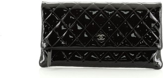 Chanel Beauty CC Clutch Quilted Patent