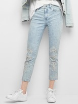 Gap Mid rise embroidery best girlfriend jeans