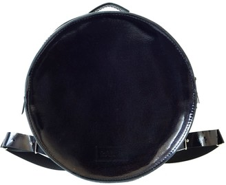 """""""Muscat"""" Natural Leather Convertible Backpack - Black Lacquered Leather"""