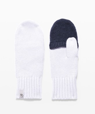 Lululemon Proudly Present Mittens - Girls