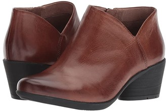 Dansko Raina (Chestnut Burnished Calf) Women's Shoes
