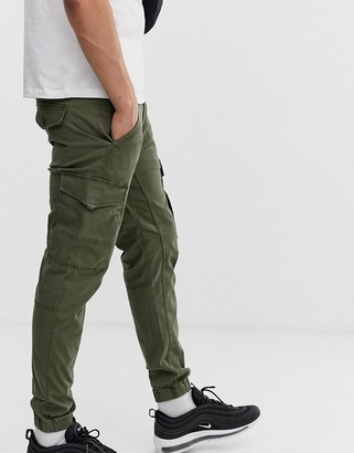 Jack and Jones Intelligence cuffed cargo pant in green