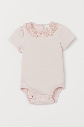 H&M Lace-collared bodysuit